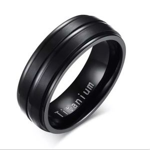 Men's stainless steel titanium ring band size 11